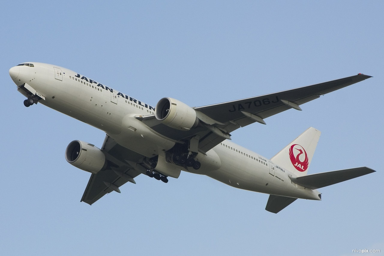 JA706J, Japan Airlines, Boeing 777-246/ER