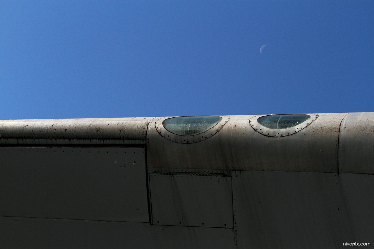Boeing 747 wing