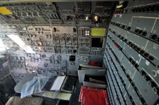 Boeing 747 flight engineer station